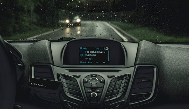 How to Choose Between Single DIN and Double DIN Head Units